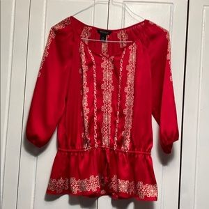 White House Black Market 3/4s sleeve red top 4